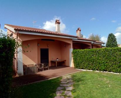 Villetta in residence con piscina completamente ristrutturata